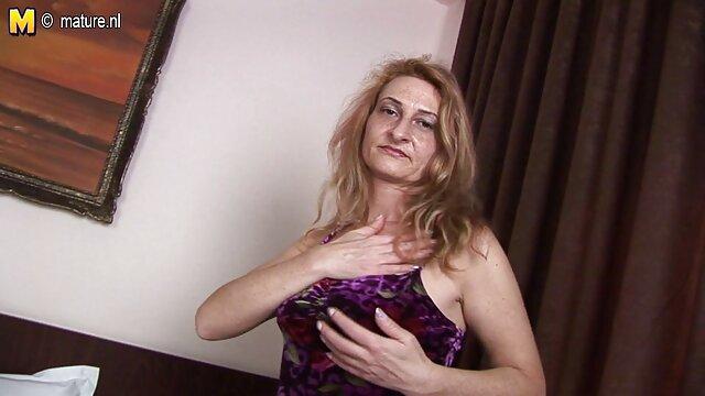 Adolescente tetona Karlee Grey tiene un coño peludo cubierto de semen videos xxx idioma español BBC