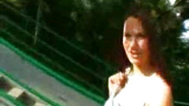 ducha con video xxx en idioma español jabón para desi india adolescente