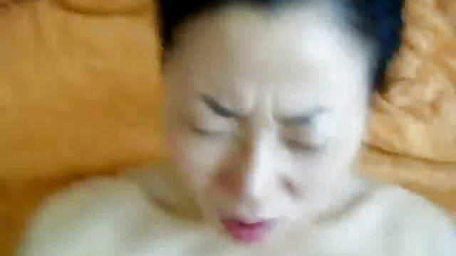 rubia stripper follada en el sofá videos xxx de españoles