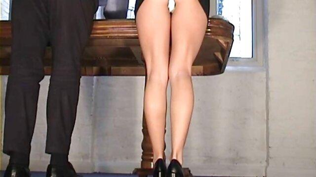 tan sexy trabajando con videos xxx castellano el pie