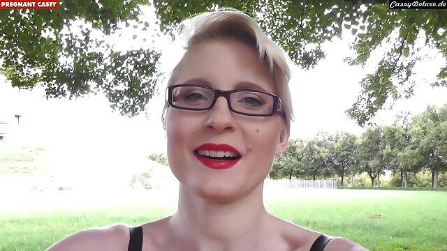 Morena disfruta del sexo anal en ver videos xxx gratis en español el balcón