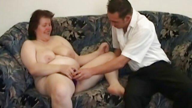 Yanks tatuado Sonny Silver empuja el consolador profundamente videos xxx traducidos