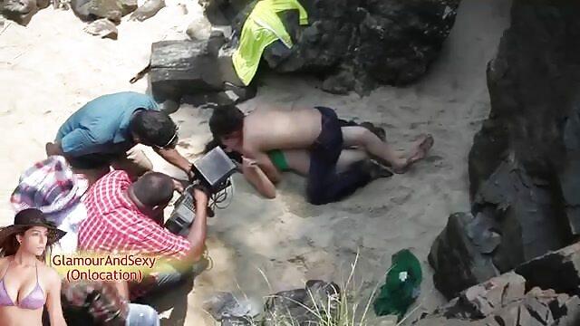 Nena guapa se abre videos xxx espanol gratis de piernas para follar duro el coño