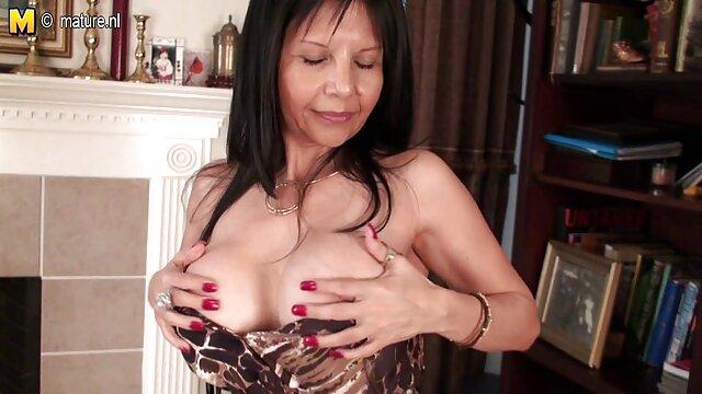Latinas Sex Tapes - Mandy Sky - Refrescándose después video xxx gay en español de un día caluroso