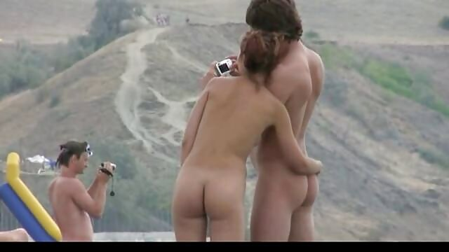 Esposa de ébano cachonda se masturba videos xxx hd español