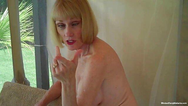 Chicas calientes con alas se burlan y luego se follan entre videos xxx caseros en español ellas