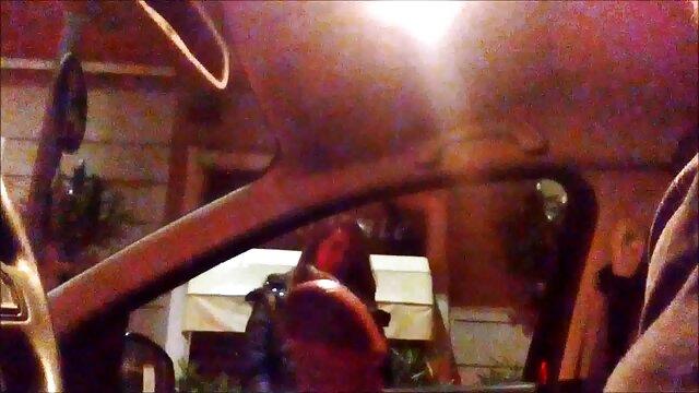 WOW caliente hermanastra adolescente Liza Rowe atrapada y follada ver videos xxx en español gratis por hermano