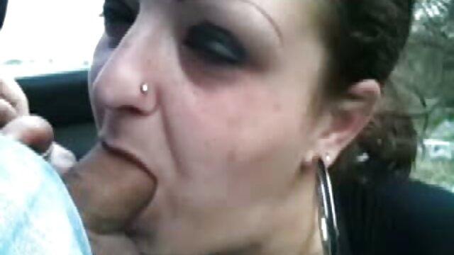 Lujuriosa adolescente videos xxx de gordas en español mormona espera su turno mientras la otra es follada