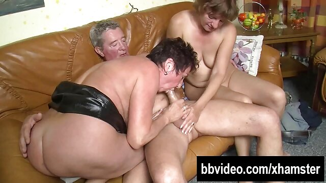 Morena tetona practicando sexo en el videos xxx en español gimnasio