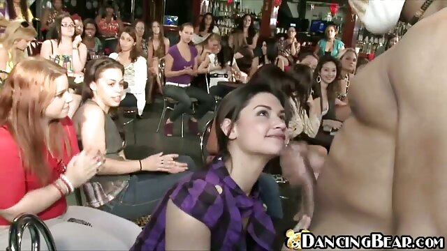 Mamá astuta les enseña que compartir es cuidar videos xxx maduras castellano