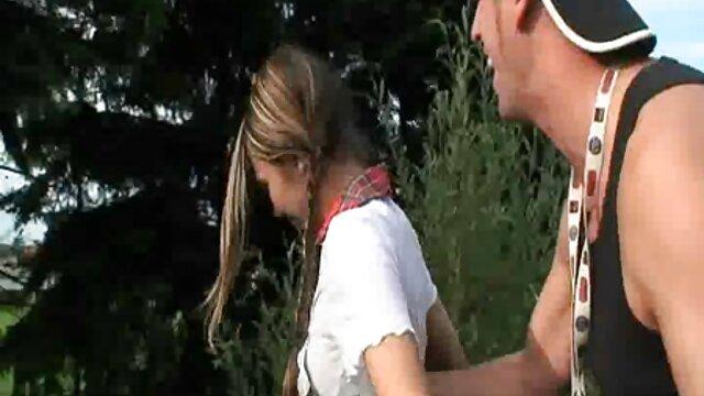 Atrapados oliendo bragas de videos xxx gratis español hermanastras